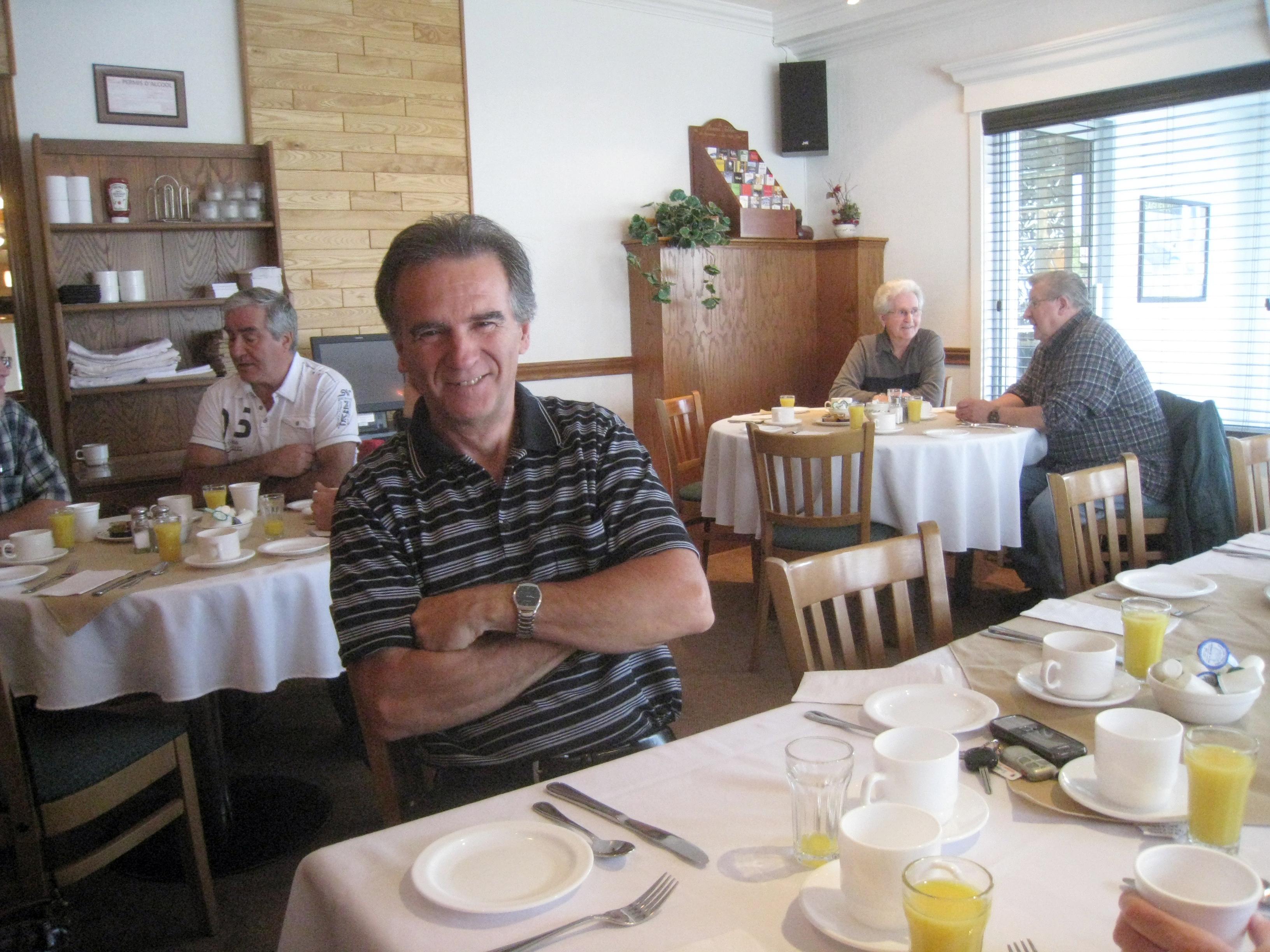 Le souriant donald audet prof de maths la retraite for Fenetre rejean tremblay chicoutimi